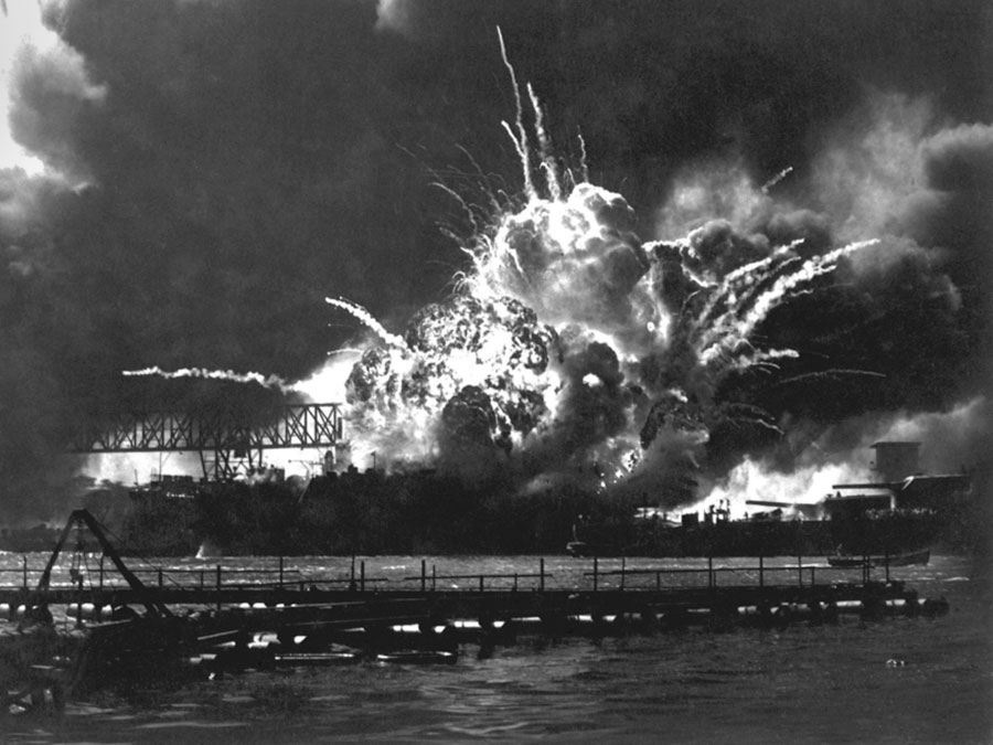 1941- Japanese Attack Pearl Harbor