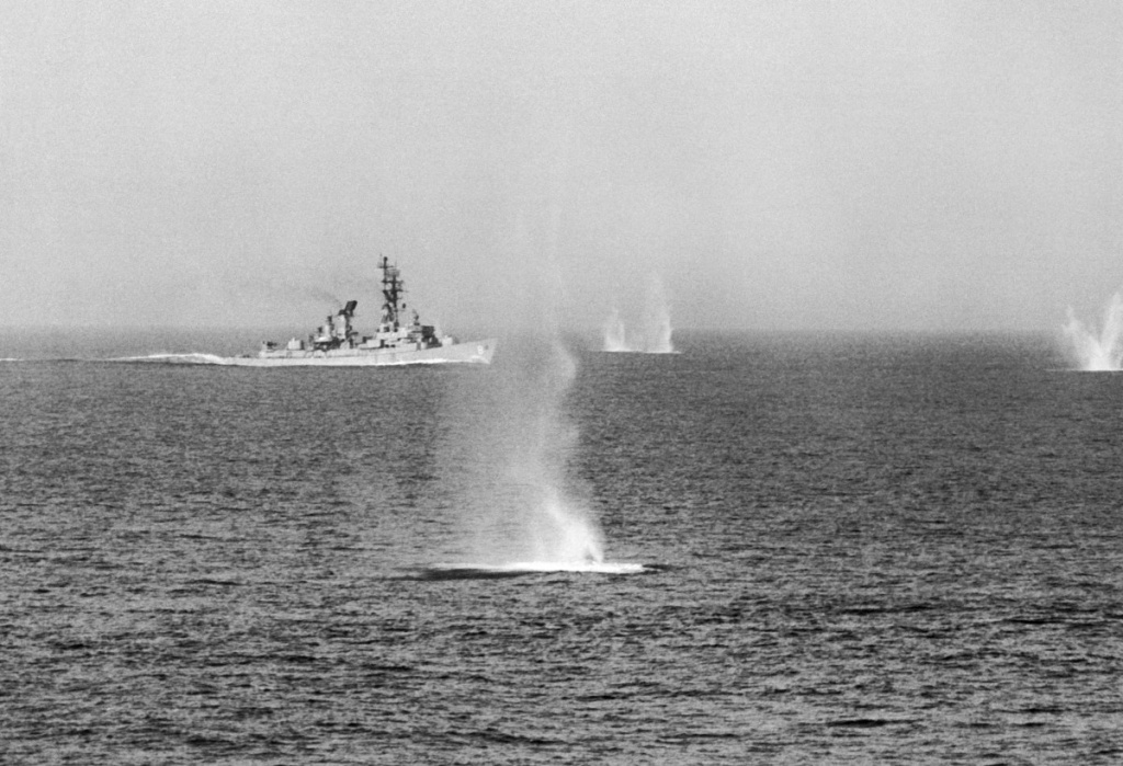 gulf-of-tonkin-warfare